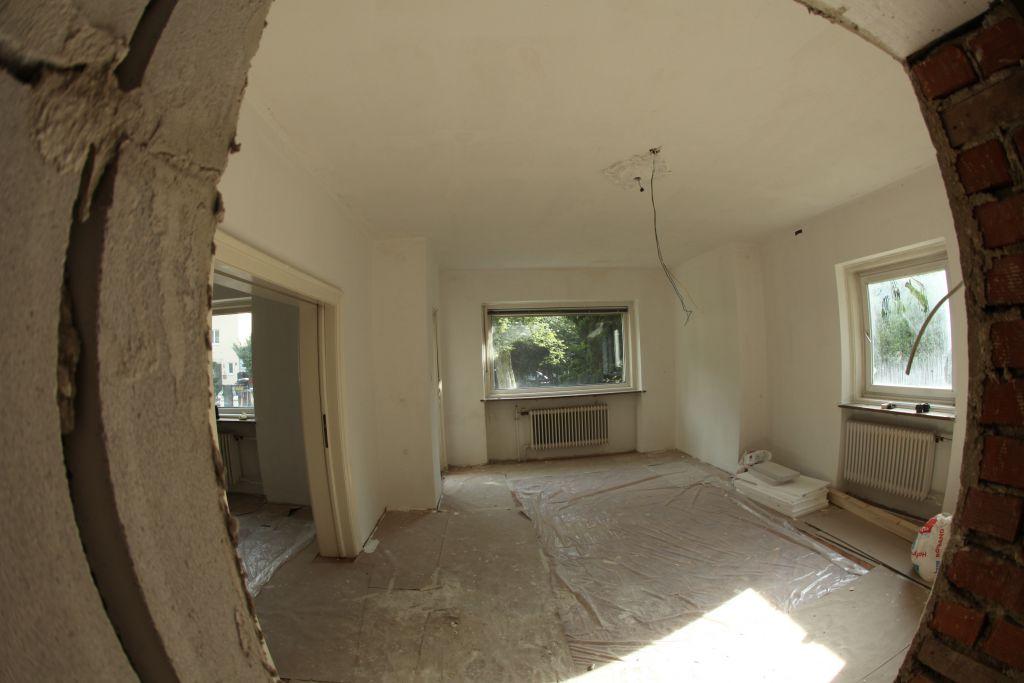 haus 4 wohnzimmer bild 1 sanieren in m nchen bossmann. Black Bedroom Furniture Sets. Home Design Ideas